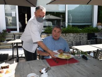Topchef Ludo Lanssens staat voortaan achter fornuis Rooden Scilt en trouwe klant Eddy Merckx komt al eens proeven