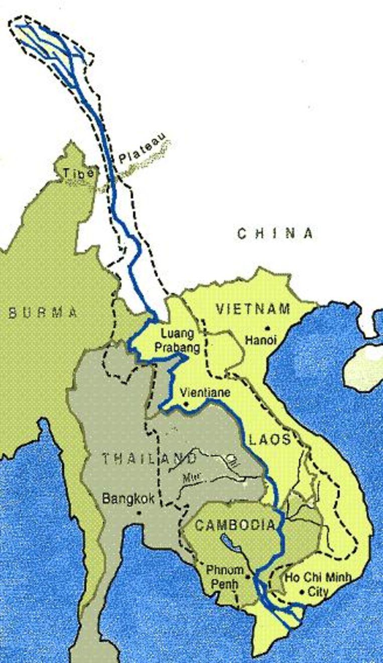 De Mekong-rivier is ruim 4.900 kilometer lang en loopt achtereenvolgens door de Zuidoost-Aziatische landen China, Laos, Thailand, Cambodja en Vietnam.