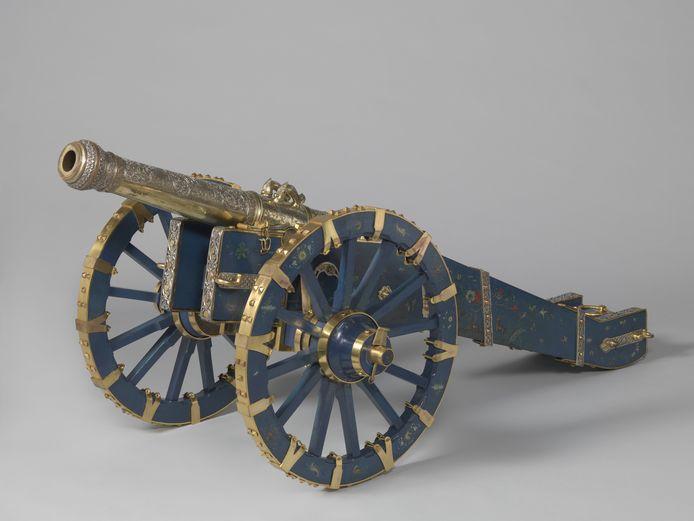 Een voorbeeld van roofkunst: het kanon van de koning van Kandy, afkomstig uit Ceylon. In het bezit van Het Rijksmuseum.