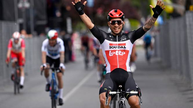 """Ewan geniet van vierde zege in Giro: """"Een opluchting, maar nog honger"""""""