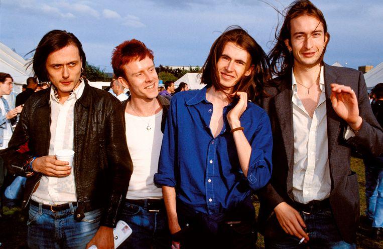 Foto van de groep Suede in 1992, 26 jaar geleden. Een jaar later kwam hun debuutalbum uit. Beeld Mick Hutson