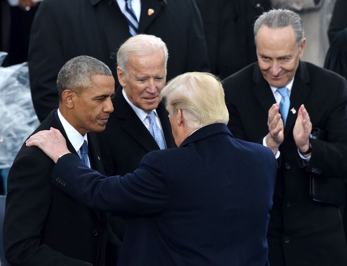 20 janvier 2017, Donald Trump prend le pouvoir. Barack Obama est présent à son investiture, tout comme Joe Biden.