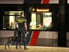 Tramlijn 2 verbindt bendes in Rotterdam-Zuid: 'Met messen de tram in, man dat is niet normaal'