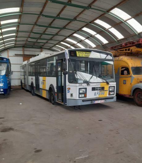 In Arnhem Electric City staan historische trolleybussen straks te verroesten