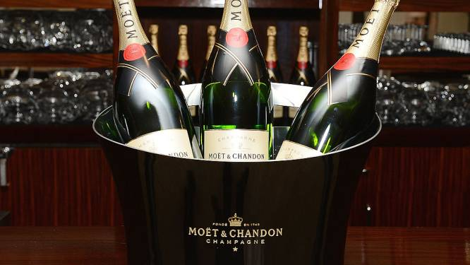 Verschillende grote champagnehuizen waarschuwen voor schaarste