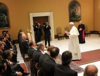 Paus Fransiscus feliciteert spelers Bayern München