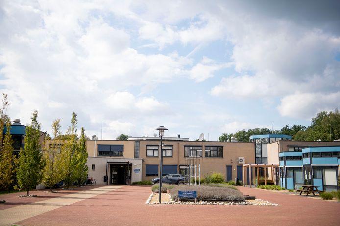 Het voormalige meisjesinternaat Huize Alexandra wordt het komende half jaar opnieuw gebruikt voor opvang van vluchtelingen.