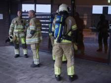Brandweer onderzoekt gaslucht in appartementencomplex in Bunschoten