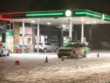 Overval tankstation Raalte: dader met bivakmuts en mes gevlucht