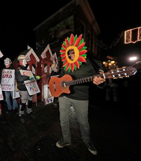 Briellenaren kaarten pijnlijke kwestie rondom Van Sleenstraat aan op Maskerade