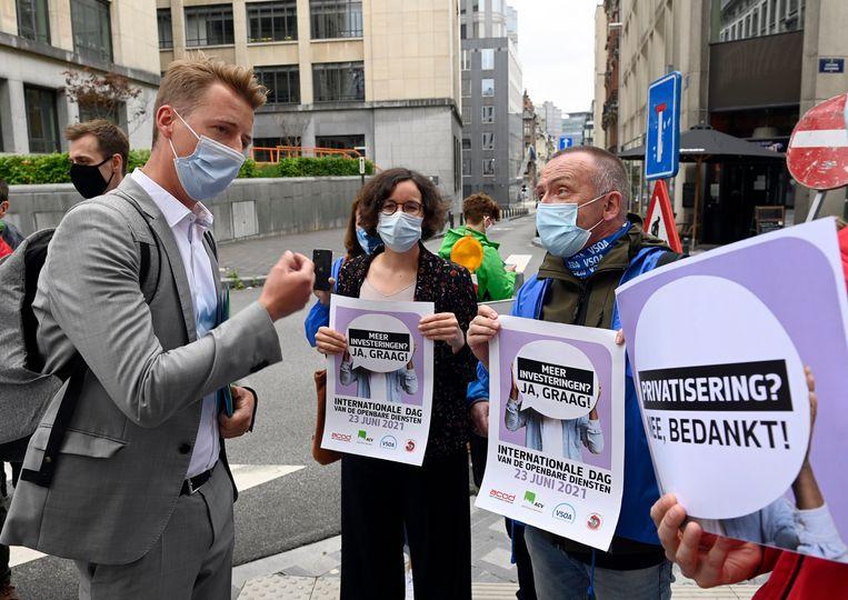 Vorige week voerden de vakbonden actie tegen het decreet dat voorligt. Beeld Photo News