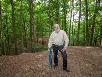"""Walter Evenepoel rakelt herinneringen op over vijftig jaar Roosdaalse Academie in nieuw boek: """"De passie van de pioniers weer voelen oplaaien"""""""