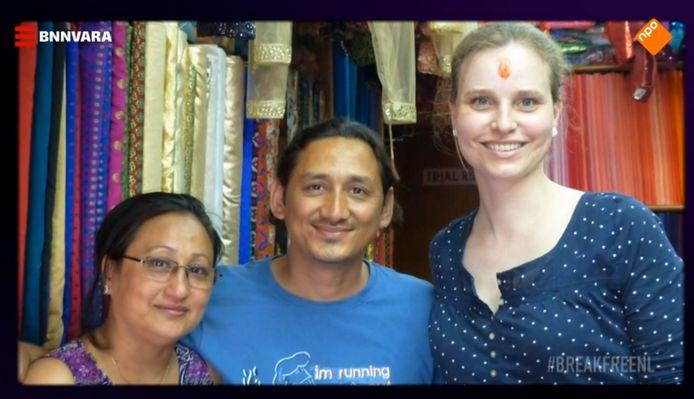 Jessica met collega's in Kathmandu.
