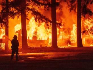 Biden roept door branden getroffen Californië uit tot rampgebied