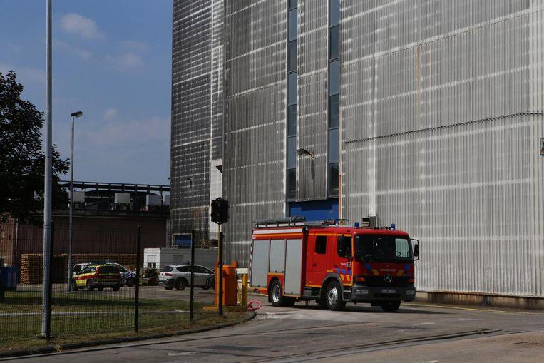 Politie, brandweer, een ambulance en het M.U.G.-team verzamelden gisteren aan de citroenzuurfabrikant Citrique Belge langs de Sint-Truidensesteenweg.