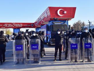 Levenslange celstraffen voor liefst 337 beklaagden tijdens belangrijk proces rond mislukte staatsgreep in Turkije