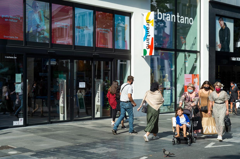 De flagship store van Brantano op de Meir in Antwerpen. Beeld Klaas De Scheirder