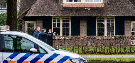 Twee verdachten vuurwerkbom Deventer staan donderdag voor de rechter: flats wachten nog op nieuwe kozijnen