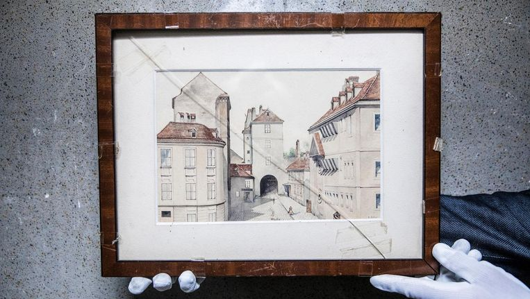 Het schilderij met de Neuthor in Wenen. Beeld Marlena Waldthausen / de Volkskrant