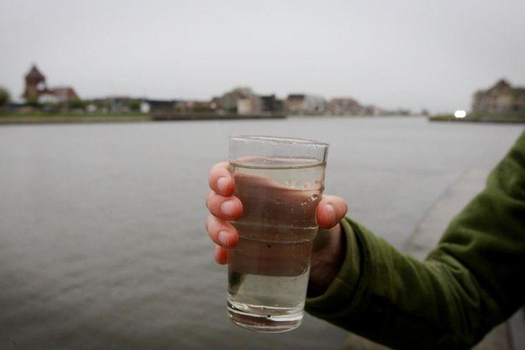 Straks zal je water uit het kanaal Brugge-Oostende kunnen drinken