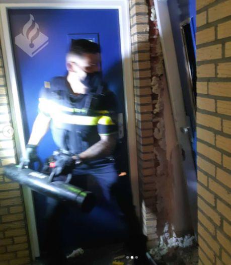 Kerkradenaar gooit hele inboedel van balkon, politie forceert voordeur