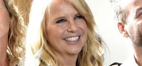 Linda de Mol waagt zich aan 'poepdure' antirimpelbehandeling