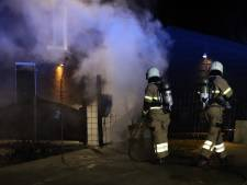 Brand in twee containers in Gemonde