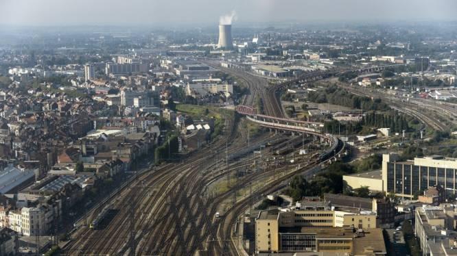 """""""Koppel wedde spoorbazen aan stiptheid van treinen"""""""