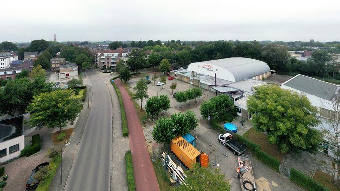 Sportcentrum De Leye gaat wijken voor woningbouw met zorg in 'Beekdal Park', waarvoor nog verschillende scenario's op tafel liggen.