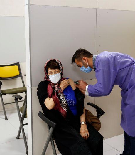 "L'Iran autorise l'utilisation en ""urgence"" d'un vaccin local"