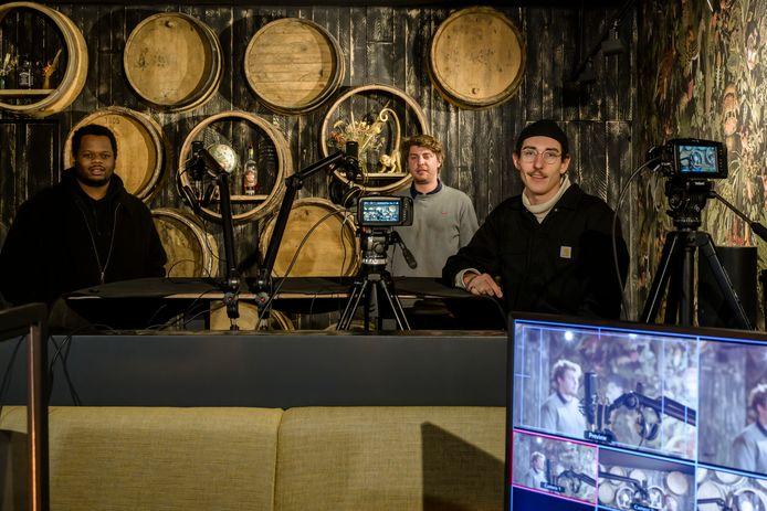 Bram De Wilde (rechts) en de andere Humble-leden bouwden een leuke studio uit.
