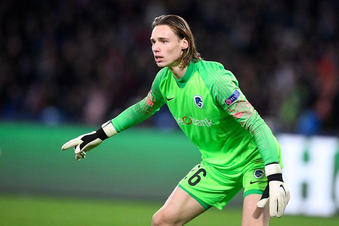 De 18-jarige Maarten Vandevoordt maakte dit seizoen een goede indruk onder de lat bij KRC.