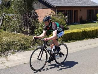 """Rekenfoutje: wielertoerist Wim (42) rijdt Sigarenberg 239 in plaats van 240 keer op: """"Maar ik heb het record toch op zak"""""""