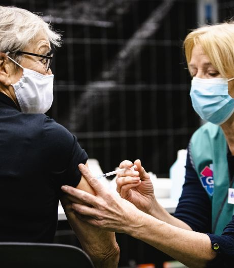 Vanaf april ook vaccinatiecentra in Deventer, Dalfsen en Kampen