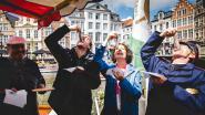 VIDEO. Burgemeester De Clercq en schepen Storms proeven eerste maatjes van het nieuwe seizoen