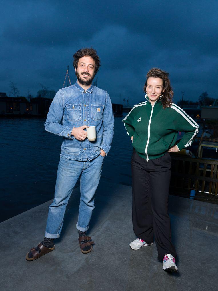 Sabine Lubbe Bakker en Niels van Koevorden: 'Als we ooit een speelfilm maken, dan zou dit wel wat zijn. Maar dat was nooit onze ambitie, wij maakten documentaires.' Beeld Ivo van der Bent