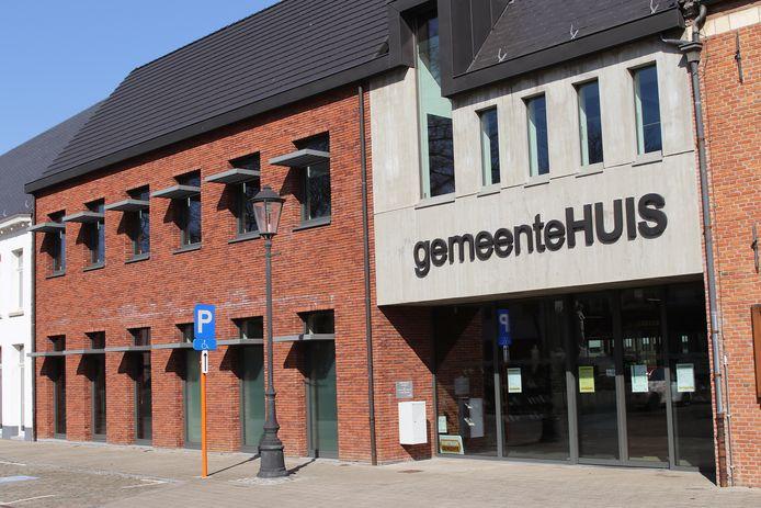 Het gemeentehuis van Meerhout.