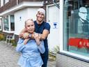 Andries en Inca (42 en 74), zoon en vrouw van Jan Bik, voormalige eigenaar van de seksclub in de Jaffastraat in Utrecht.