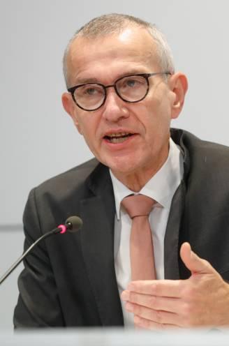 Ook ministers van Onderwijs moeten verantwoordelijkheid nemen, waarschuwt Vandenbroucke