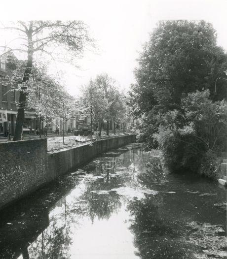 50 jaar geleden was verkeer in de Amersfoortse binnenstad een groot probleem: 'Dempen die gracht'