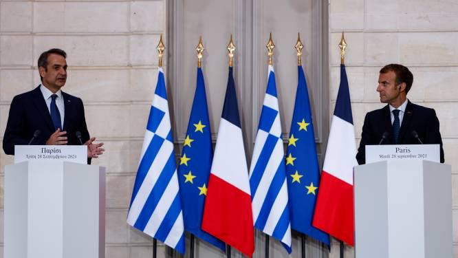 Macron vindt dat Europa meer aandacht moet besteden aan Defensie en tekent pact met Griekenland