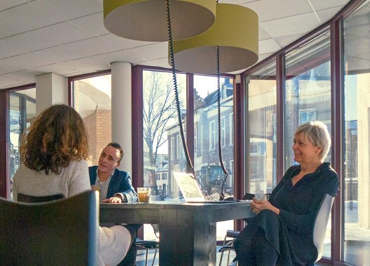 Werkzoekenden, werknemers en zzp'ers kunnen bij PIM Werkt terecht voor onder meer loopbaanadvies.