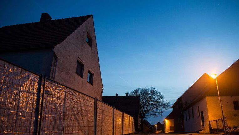 Politiehekken om het huis in Höxter. Beeld afp