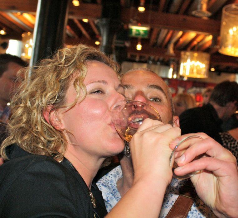 Mara Grimm en Cuno van 't Hoff houden van hun werk als culinair journalist.  <br /> Beeld