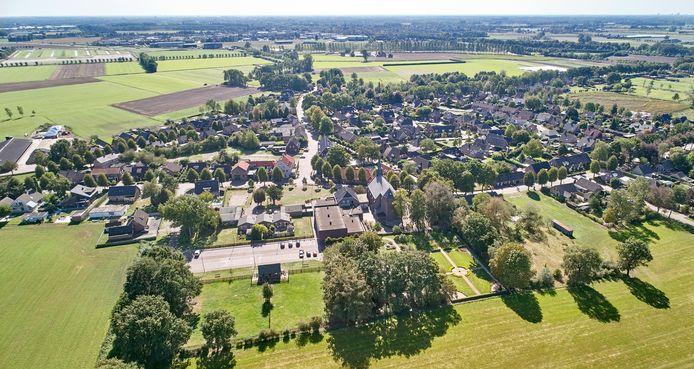 Boerdonk, overzicht met centraal de Servatiuskerk, Hazenpot en school