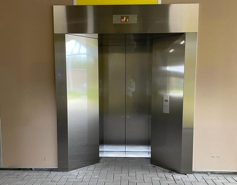 Een van de nieuwe liften in Landegem.