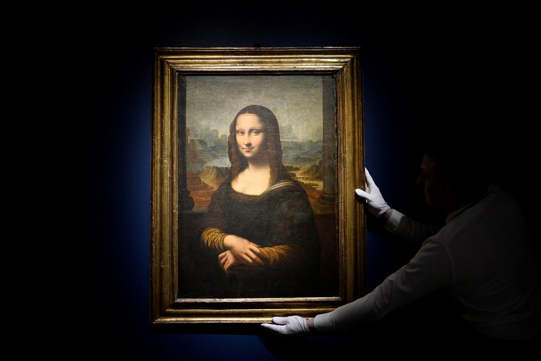 La Joconde de Léonard de Vinci, exposée au Louvre à Paris.