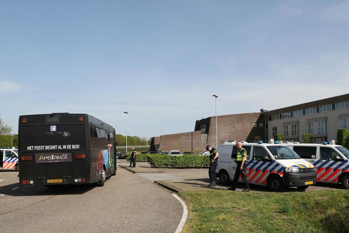 Supporters RKC Waalwijk mogen Nijmegen niet in.