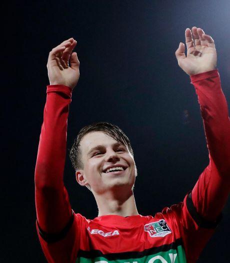 Talent Dirk Proper (18) verlengt contract bij NEC met twee jaar