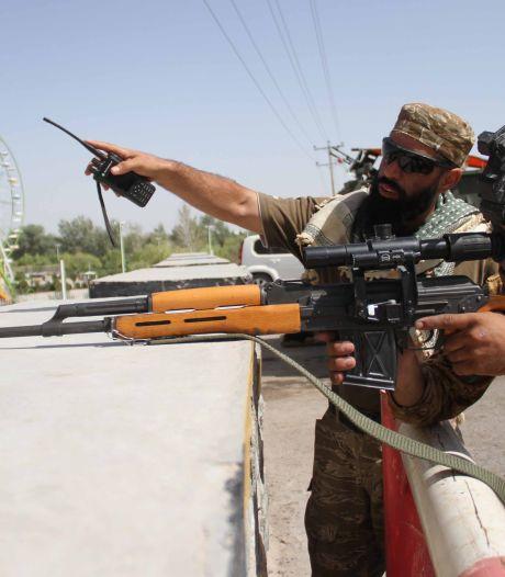 Taliban beschieten belangrijk vliegveld Afghanistan met raketten